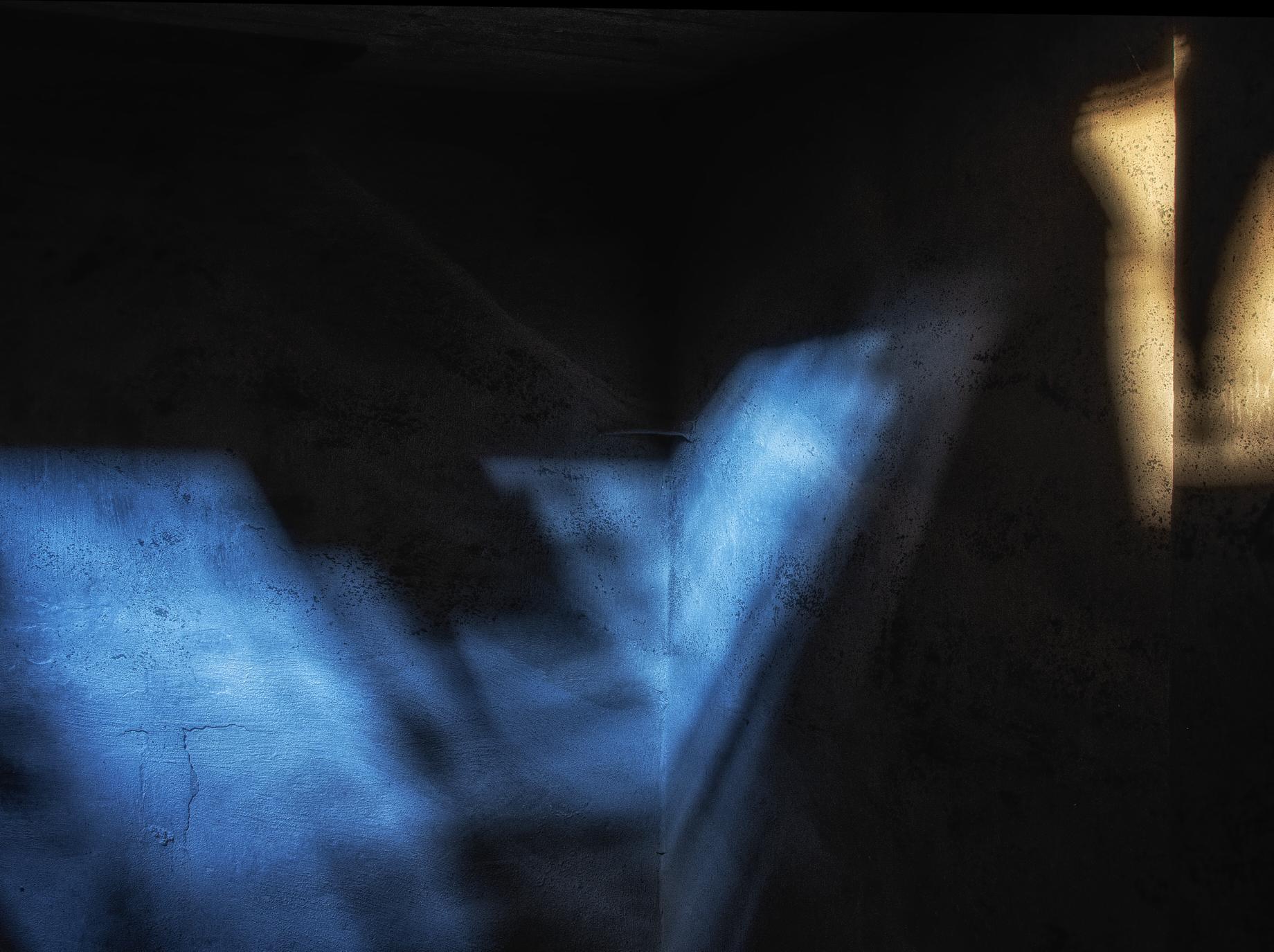 Licht-u-Farbe-1-Blau